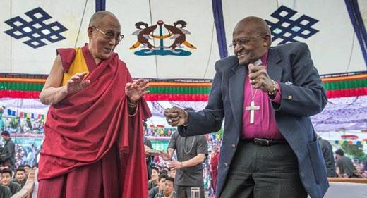 DalaiLama-and-Tutu-Dancing-520